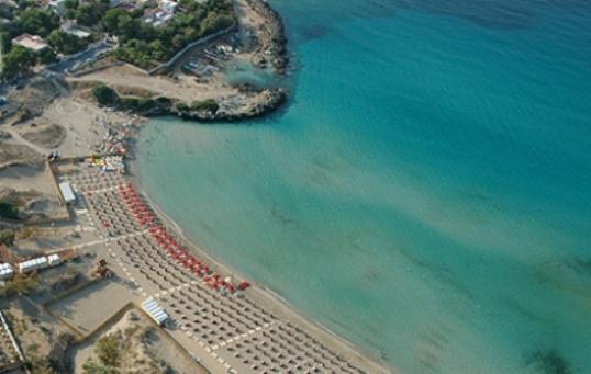 Hotel b b case vacanze in marina di pulsano taranto for Affitti trapani arredati