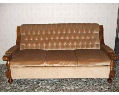 Vendo divano letto e due poltrone gravina in puglia for Divano 100 euro
