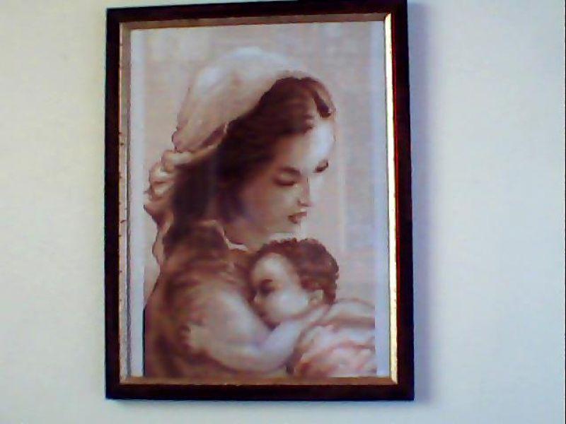 Casa Con Giardino Terni : Quadro a punto croce mamma con bambino