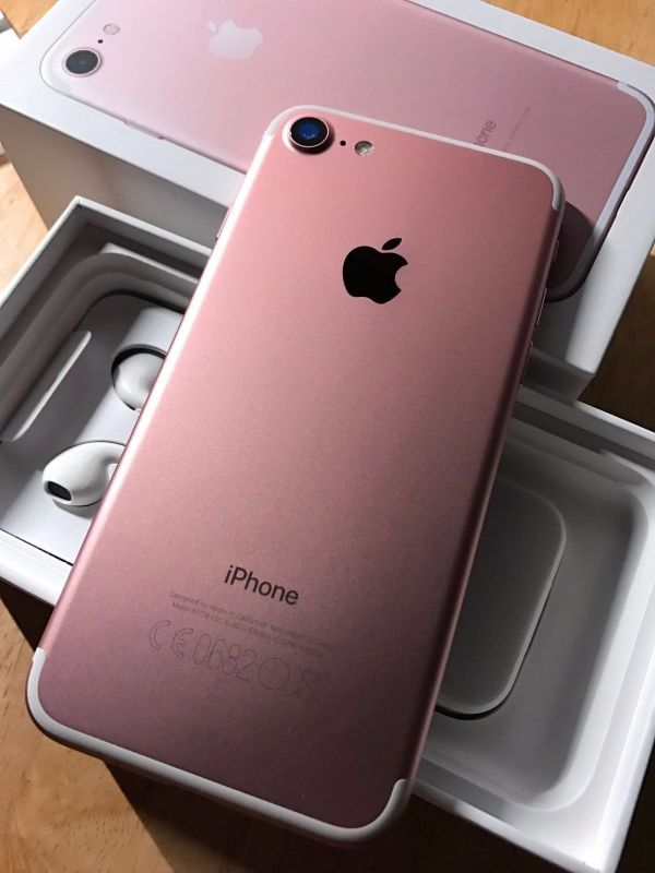 Apple iPhone 7 32GB==450 Euro / Apple iPhone 7 PLUS 32GB==470 Euro