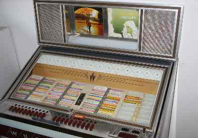 JukeBox Wurlitzer Lyric