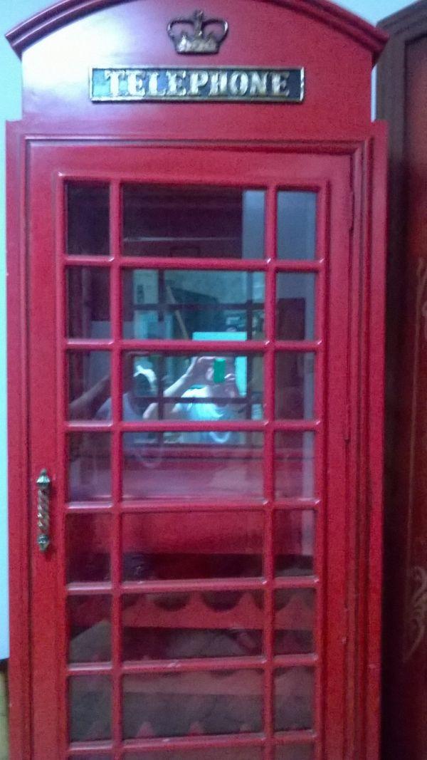 Cabina inglese for Cabina telefonica inglese arredamento