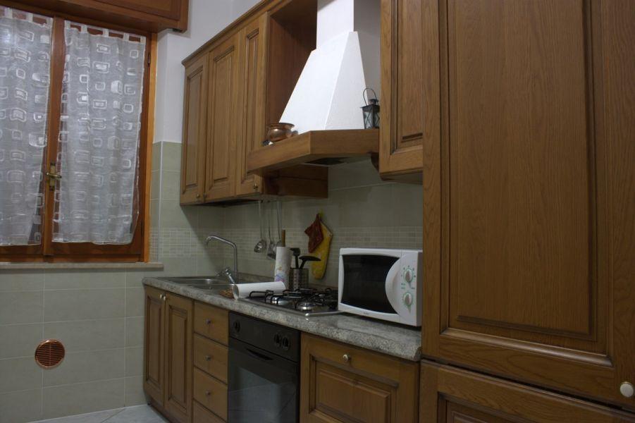Camere e appartamento vicino humanitas rozzano ieo miano for Appartamento assago