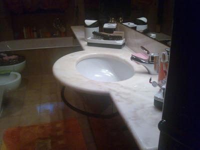 Mobile bagno con lavabo marca boffi for Marcas lavabos