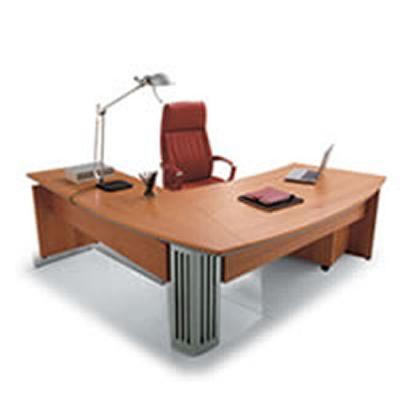 Scrivania ufficio nuova colore ciliegio 1.80 x 1.20
