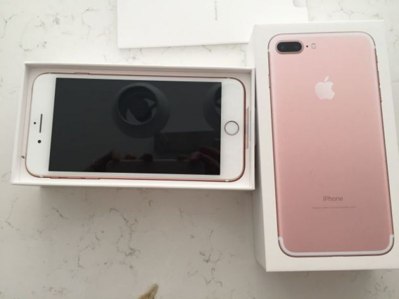 Apple iPhone 7 32GB  per  400 Euro e Apple iPhone 7 PLUS 32GB  per 430 Euro