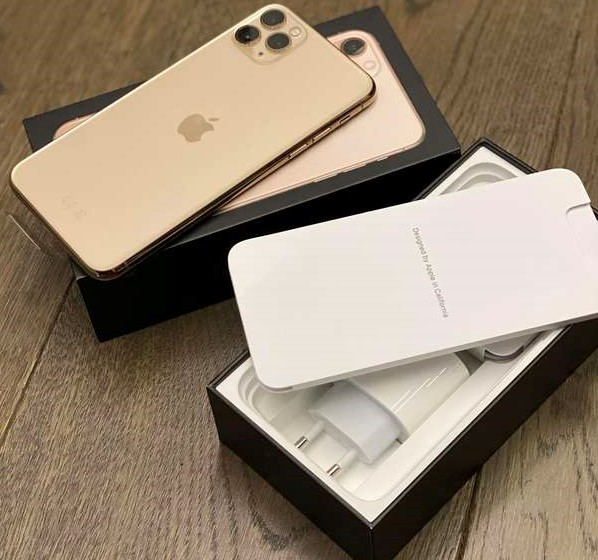 Pple iPhone 11 Pro 64GB spesa 400EUR, iPhone 11 Pro Max 64GB spesa 430EUR, iPhone 11 64GB = 350EUR