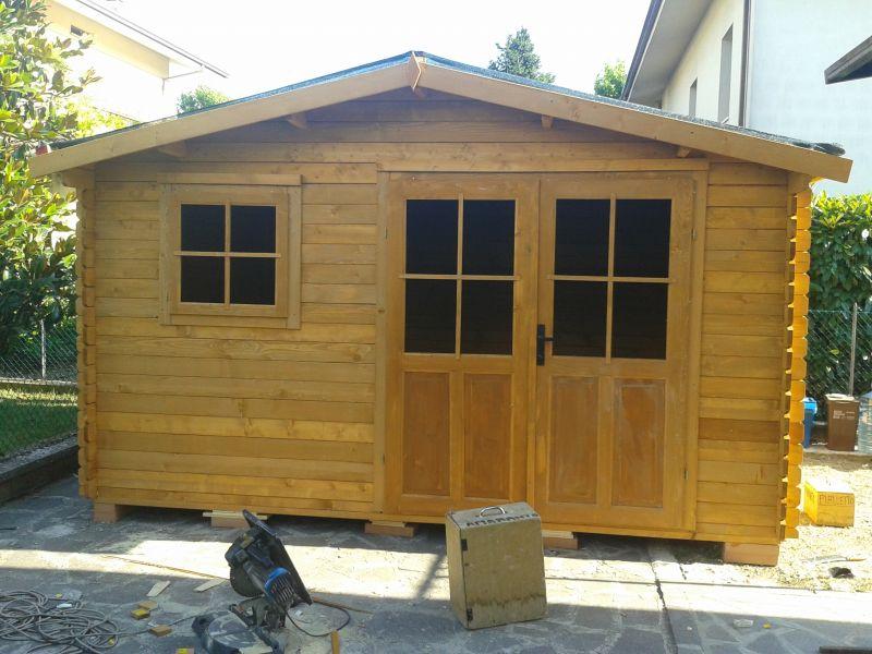 Casetta in legno da giardino for Cerco casetta in legno da giardino usata