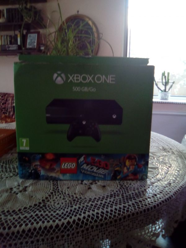Xbox one 500gb go con lego movie videogame