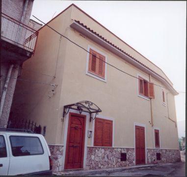 Appartamenti arredati nella bellissima localita 39 di mondello for Appartamenti in affitto a pordenone arredati