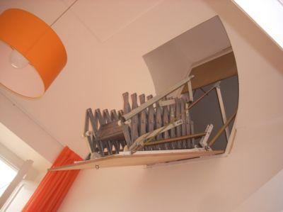 Scala retrattile a parete verticale realizzazioni - Spedaliere scale napoli ...