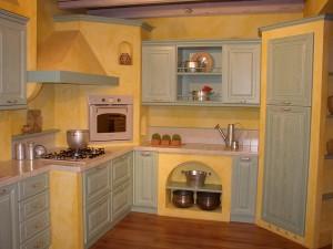 Mobili su misura cucine classiche for Mobili cucine teramo