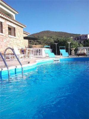 Casa vacanza con piscina sardegna affitto for Affitto casa sardegna