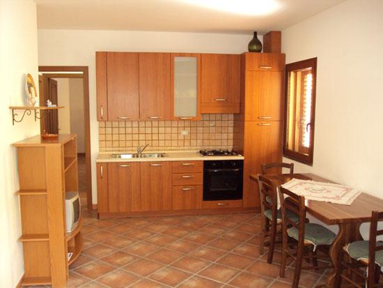 Affitto appartamenti al mare in sardegna for Appartamenti arredati in affitto a trapani