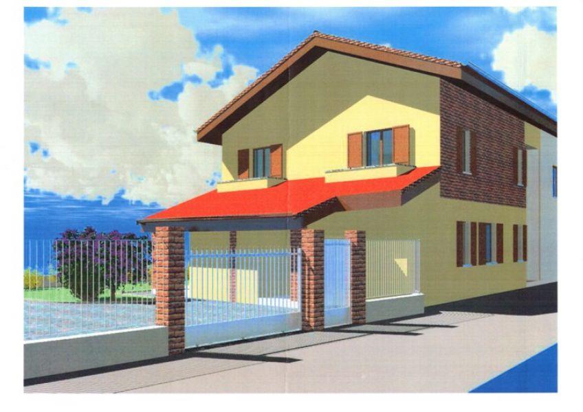 Casa costruita al tetto da finire con giardino for Casa costruita