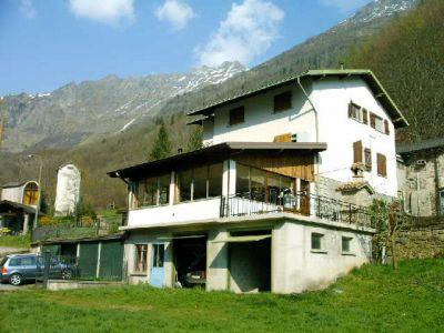 Casa affitto montagna for Case in affitto provincia di bergamo