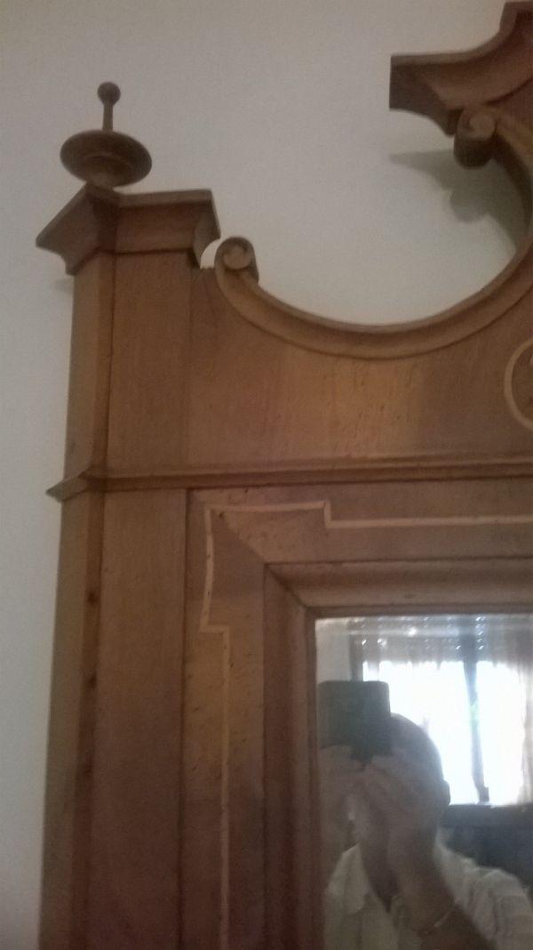 Vuoi Uno Specchio Antico