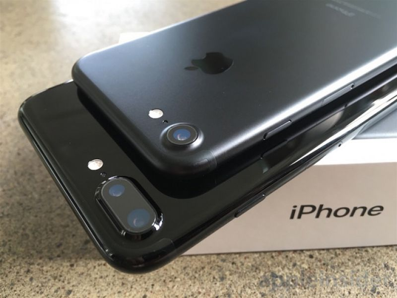 PayPal Stock Apple iPhone 7 e 7 Plus  S7 edge 380 Euro Nuovi